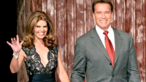Arnold Schwarzenegger reporte son alliance, Maria Shriver une bague