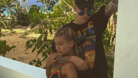 PHOTO Justin Bieber officialise avec Hailey Baldwin en l'embrassant fougueusement