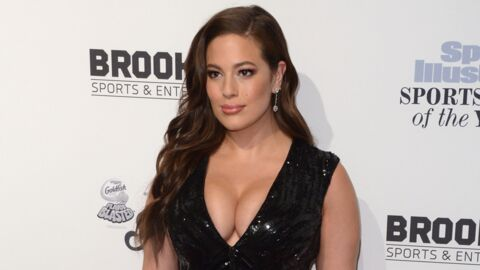 PHOTO Ultra sexy, Ashley Graham se dévoile seins nus sous la douche