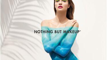 De la scène aux trousses de maquillage