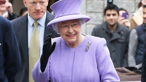 La reine Elizabeth II devrait rester hospitalisée encore deux jours