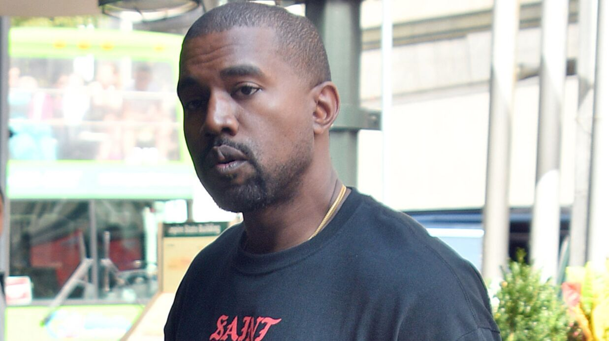 VIDEO Kanye West inter­rompt son concert pour un problème de voix