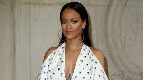 PHOTO Le nouveau look de Rihanna: elle a des dreadlocks jusqu'aux fesses
