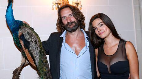 DIAPO Frédéric Beigbeder attire les belles filles pour le lancement de Lui