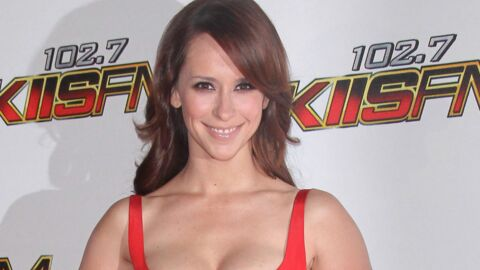 Jennifer Love Hewitt drague ouvertement Adam Levine