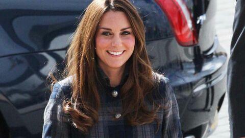 DIAPO Kate Middleton ose le tartan pour une visite en Ecosse