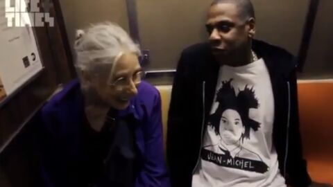 VIDEO Une mamie parle à Jay-Z dans le métro sans le reconnaître