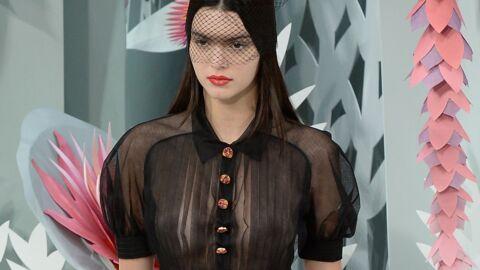 PHOTO Qu'est-il arrivé à la poitrine de Kendall Jenner?