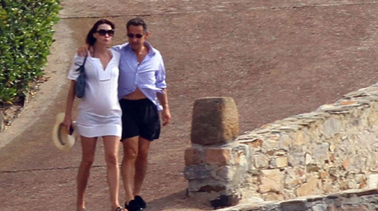 DIAPORAMA Carla Bruni montre son ventre à Brégançon