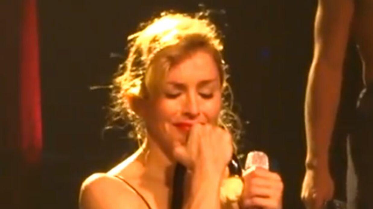 VIDEO Madonna pleure sur scène en chantant Like a virgin