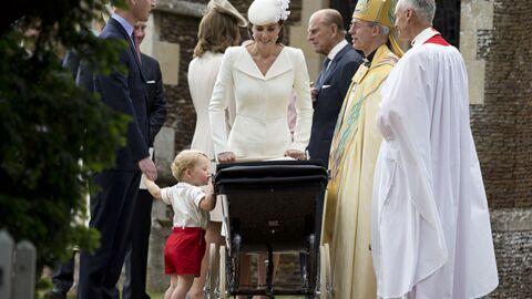 Kate et William: toutes les photos du baptême de leur fille, avec toute la famille!