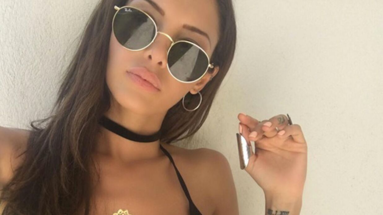 Nabilla: ultra sexy en maillot de bain elle profite à fond de ses vacances