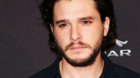 Kit Harington (Game of Thrones): être photographié par ses fans, ça le déprime!