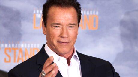 Arnold Schwarzenegger rédacteur en chef de magazines de musculation