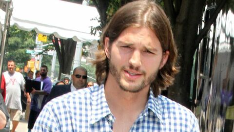 Ashton Kutcher trompe Demi Moore : les photos
