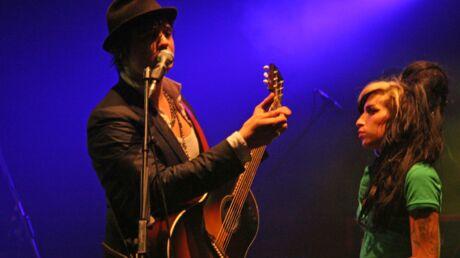 Pete Doherty toujours anéanti par la mort d'Amy Winehouse
