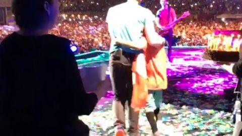 VIDEO Chris Martin fait monter son fils Moses sur scène pour ses dix ans