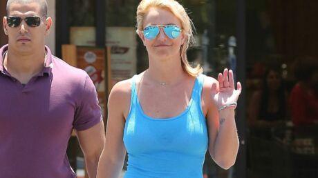 Débat autour d'un enregistrement de la chanson «Alien» de Britney Spears