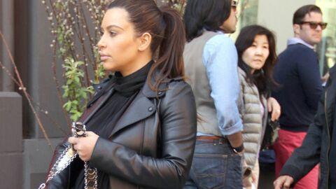 PHOTOS Enceinte, Kim Kardashian ne sait plus comment s'habiller