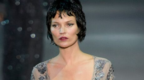 DIAPO Le défilé Louis Vuitton attire les people, Kate Moss défile