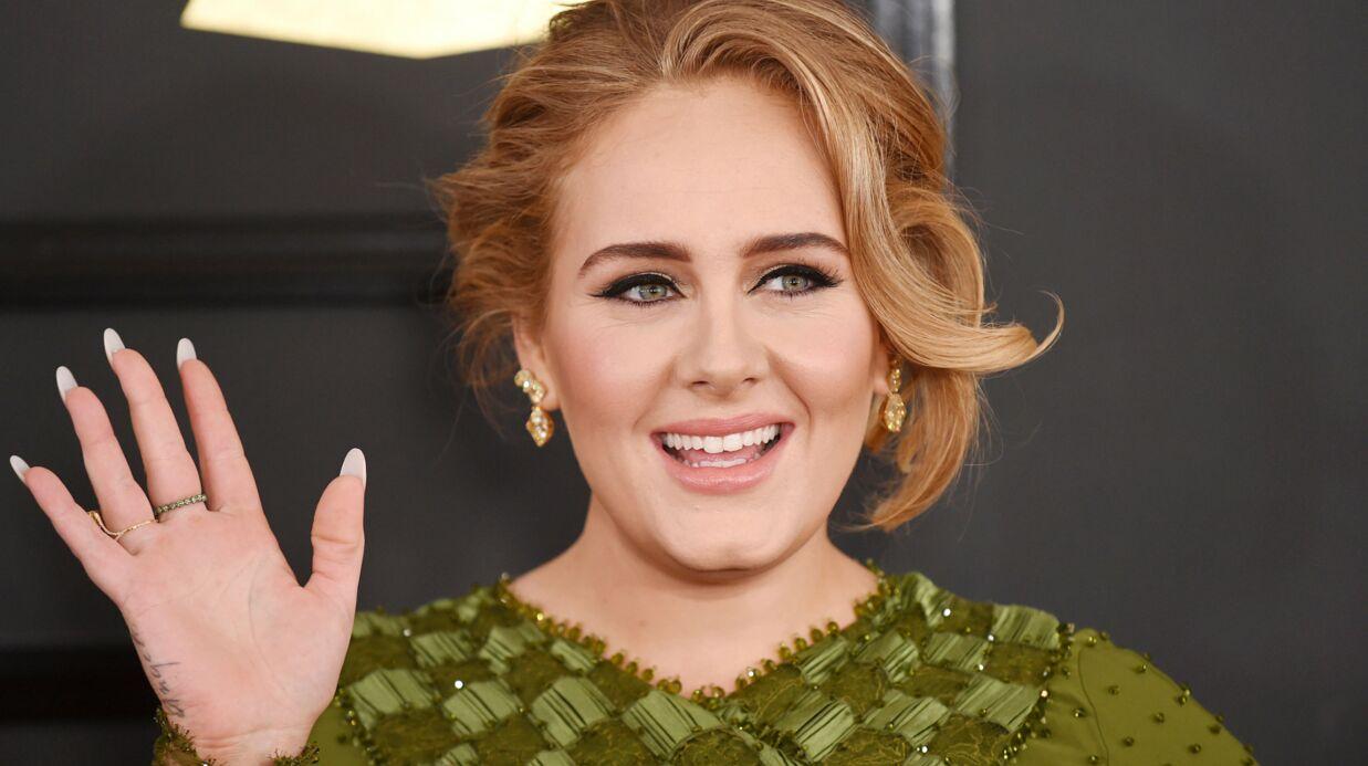 Adele confirme sur scène son mariage avec Simon Konecki