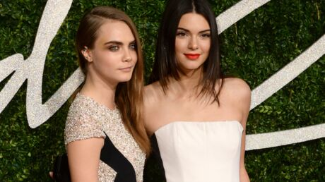 Cara Delevingne: son cadeau étonnant (et trash) pour les 20 ans de sa copine Kendall Jenner