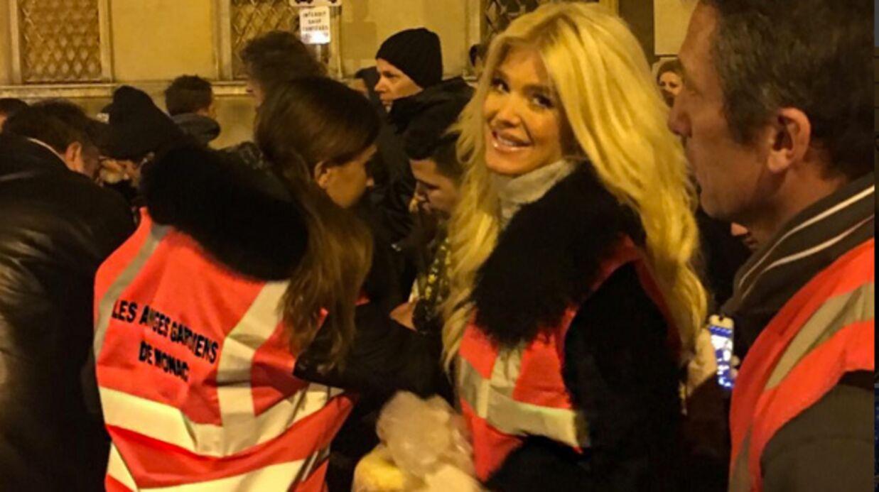 PHOTOS Victoria Silvstedt vient en aide aux sans-abris de Nice