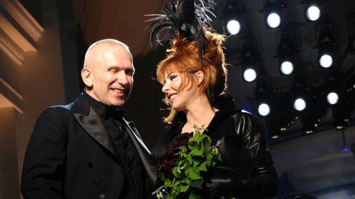 Les photos de Mylène Farmer en mariée dark pour JPG