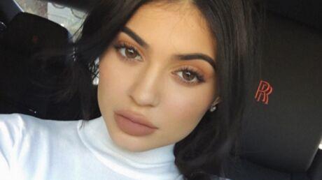 Kylie Jenner réagit aux plaintes de ses clients et à la mauvaise notation de ses rouges à lèvres