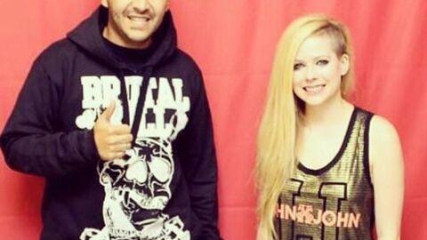 Avril Lavigne: 290 euros pour la rencontrer, mais surtout, ne pas la toucher!