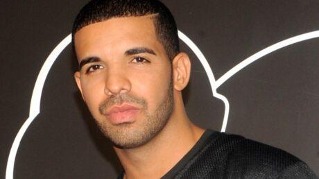 Le rappeur Drake aurait menacé une stripteaseuse après avoir couché avec elle