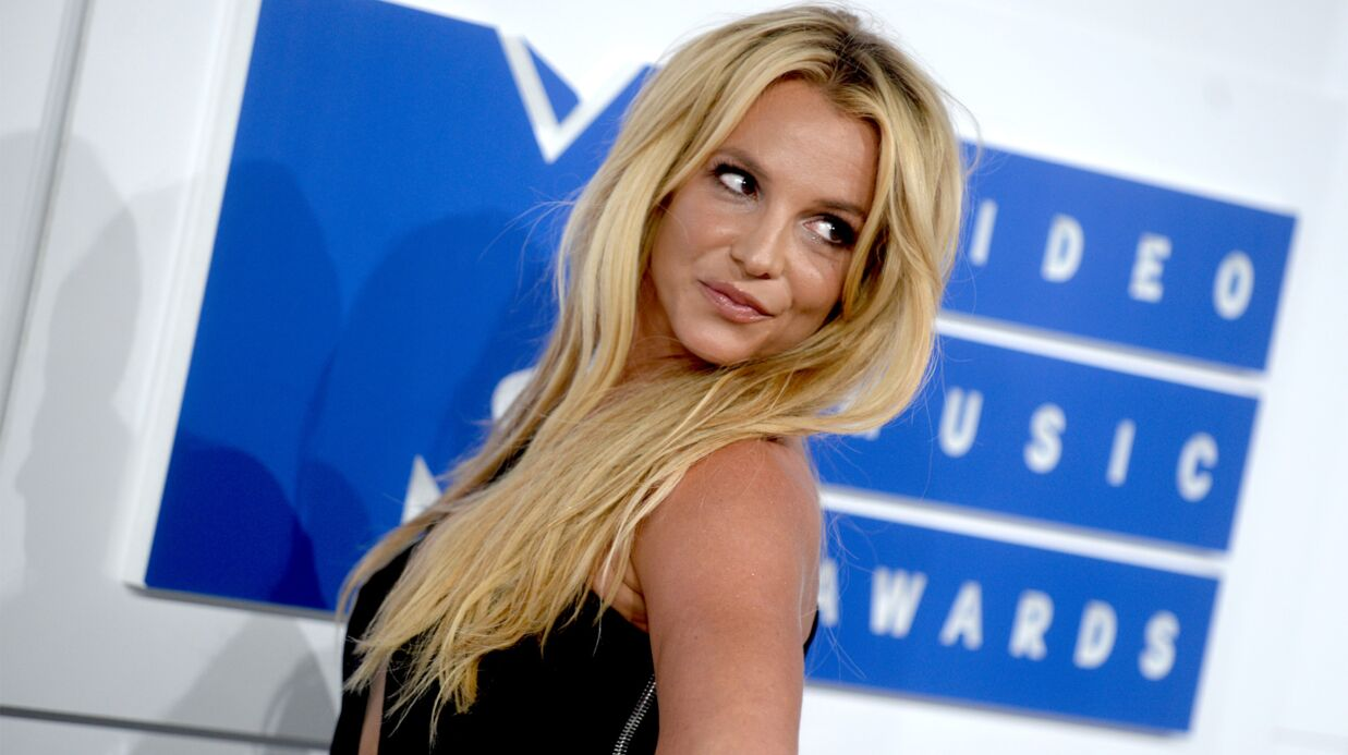 Britney Spears révèle que Brad Pitt était son premier amour