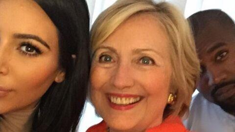 PHOTO Kim Kardashian affiche son soutien à Hillary Clinton en posant avec elle