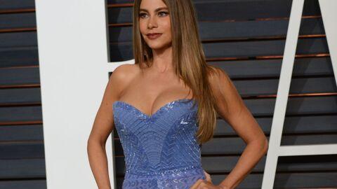Sofia Vergara (Modern Family) se plaint d'avoir de trop gros seins