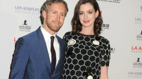 Anne Hathaway a accouché, découvrez le prénom de son fils
