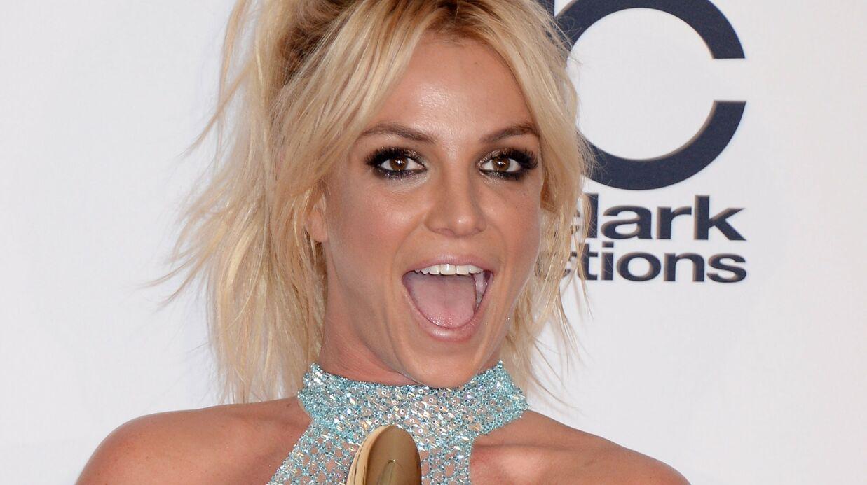 VIDEO Britney Spears publie un montage très kitch de selfies sur Instagram