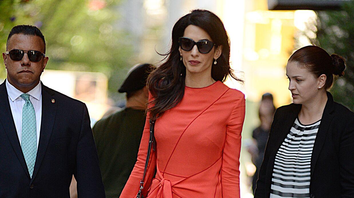 Amal Clooney enceinte de jumeaux? La rumeur enfle (et son ventre?)