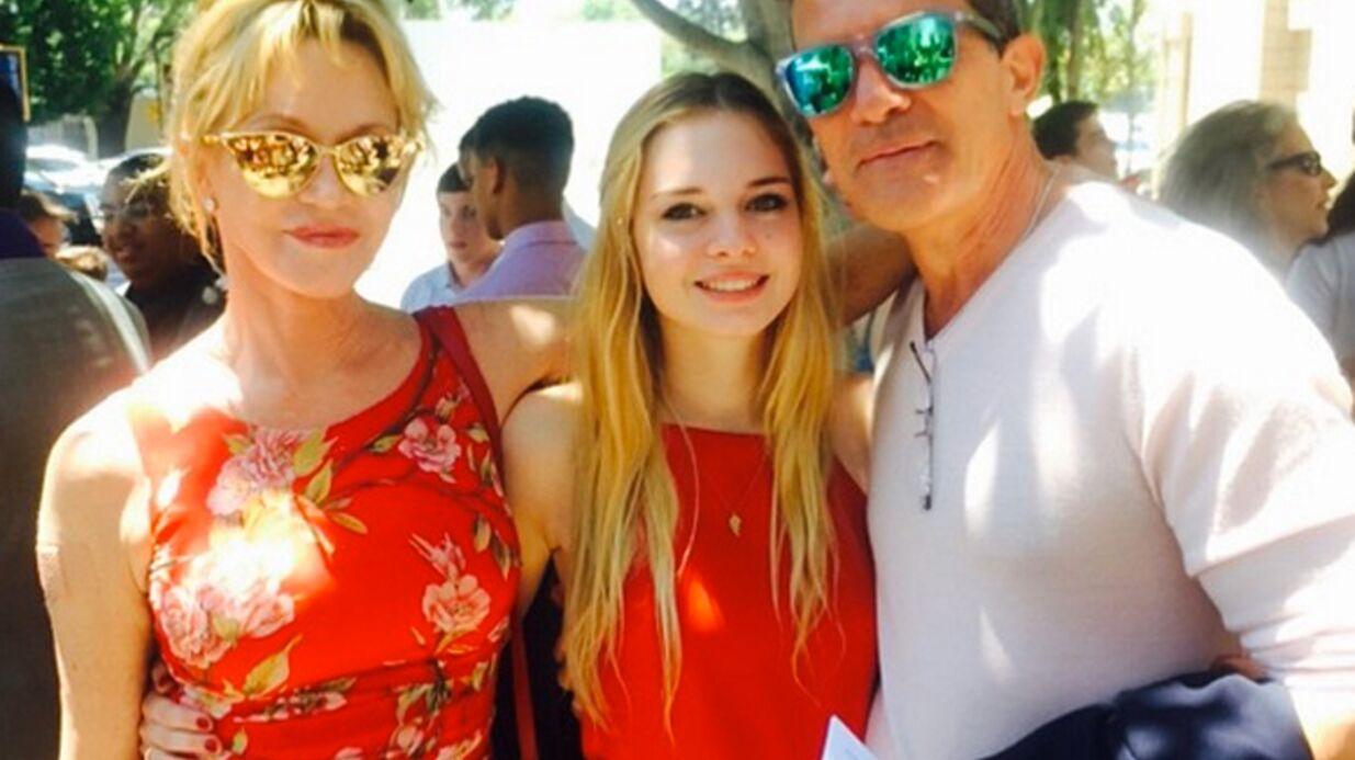 PHOTOS Melanie Griffith et Antonio Banderas réunis pour le diplôme de leur fille Stella