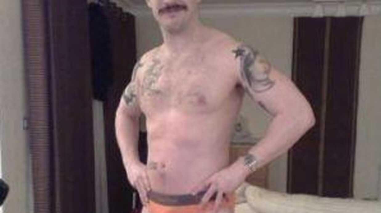 Tom Hardy est fier des photos de lui en slip qui ont refait surface sur Internet