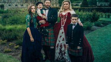 «Le clan Blackstock vous souhaite un joyeux Noël»