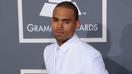 Chris Brown donne un concert surprise en boîte (et insulte Drake)