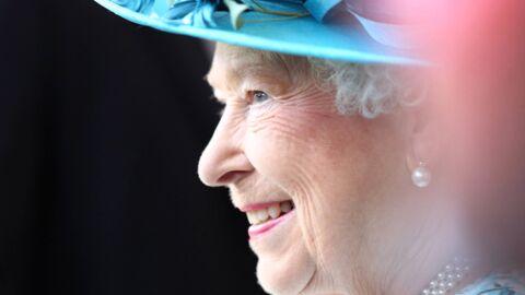 Découvrez le nouveau portrait officiel d'Elizabeth II pour son record de longévité sur le trône