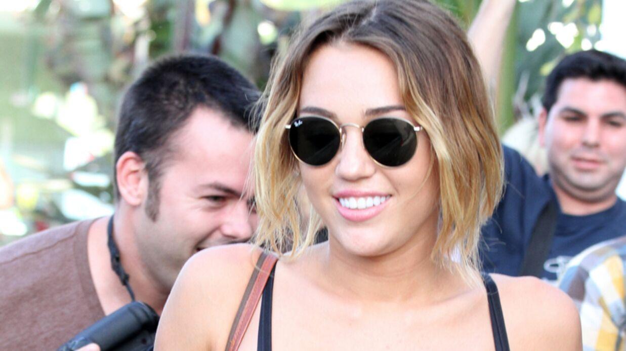 PHOTOS Miley Cyrus se promène sans culotte