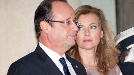 Le coup de main de François Hollande à Valérie Trierweiler pour son procès