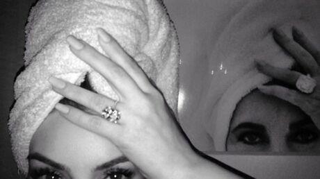 PHOTO Kim Kardashian se prend pour Elizabeth Taylor