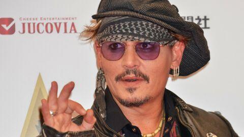 PHOTOS Déguisé en Jack Sparrow, Johnny Depp rend visite aux enfants malades