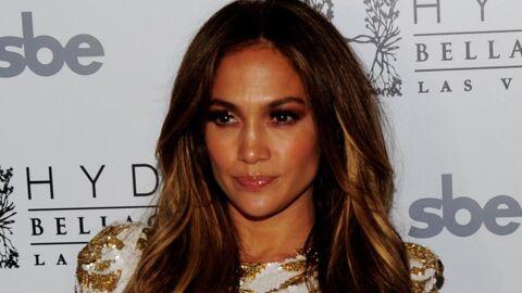 Jennifer Lopez intervient en personne pour démentir les rumeurs de ses fiançailles