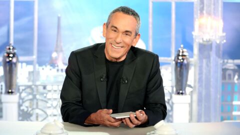 Thierry Ardisson: son émission, Salut les Terriens, bascule de Canal+ à D8