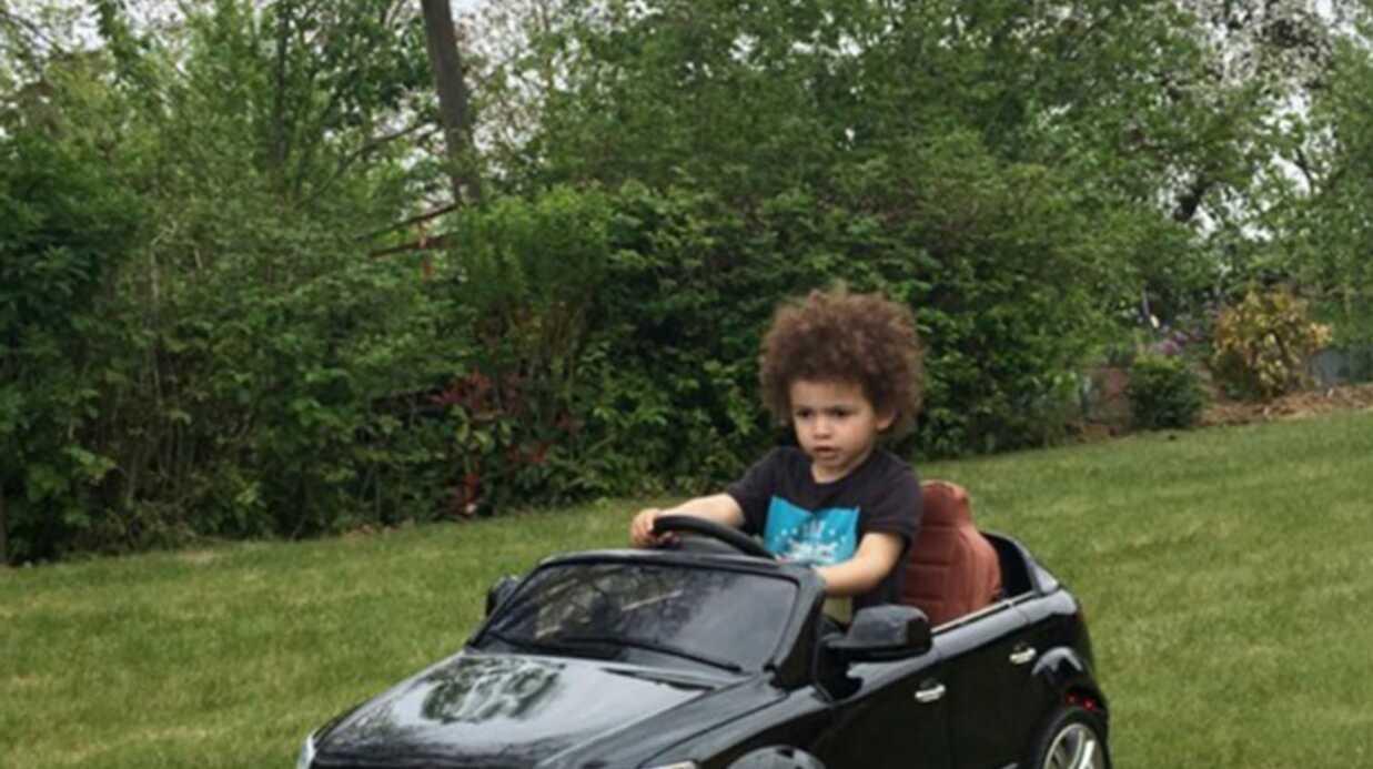 Rachel Legrain-Trapani publie une photo craquante de son fils au volant d'une mini-voiture