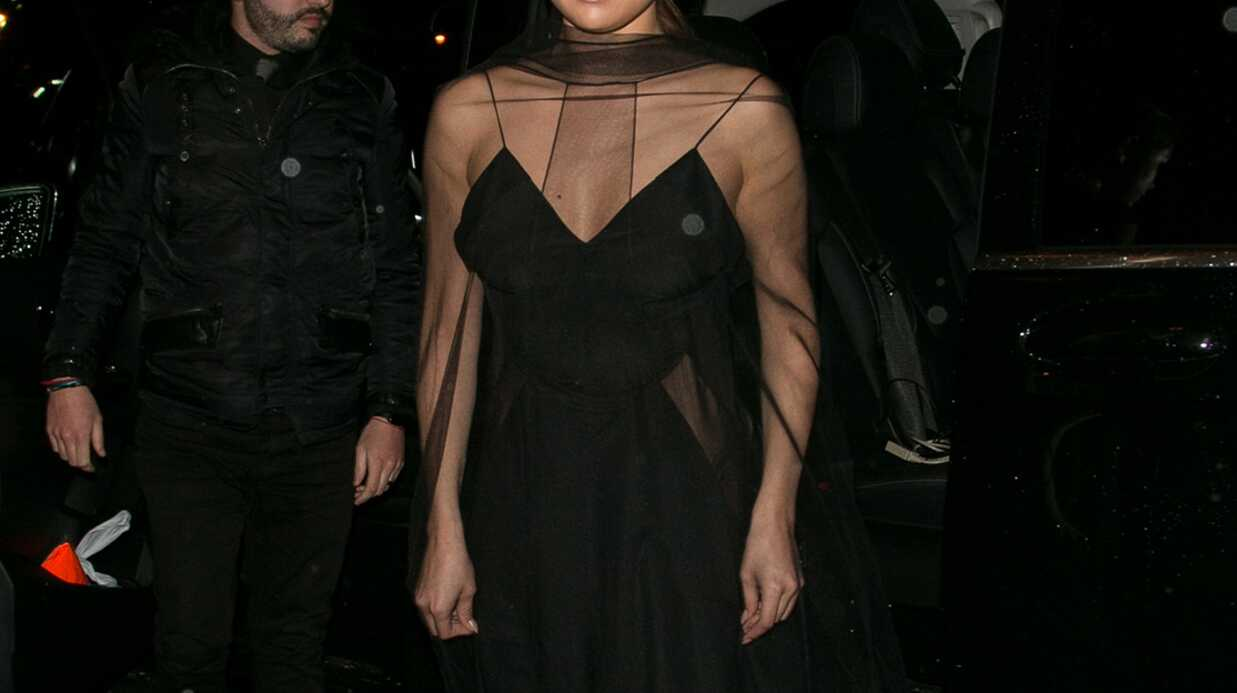 PHOTOS Selena Gomez sexy dans une robe toute en transparence